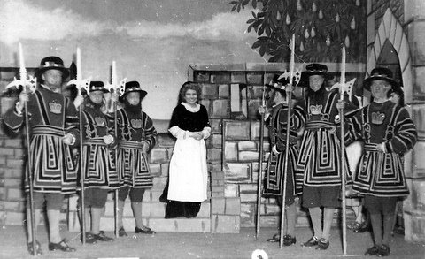 'Yeoman of the Guard'  L to R,  Brian Stapleton, Brian Wilson, ?, Ruth Cross, ?, Shelton, ?. Submitted by Brian Stapleton
